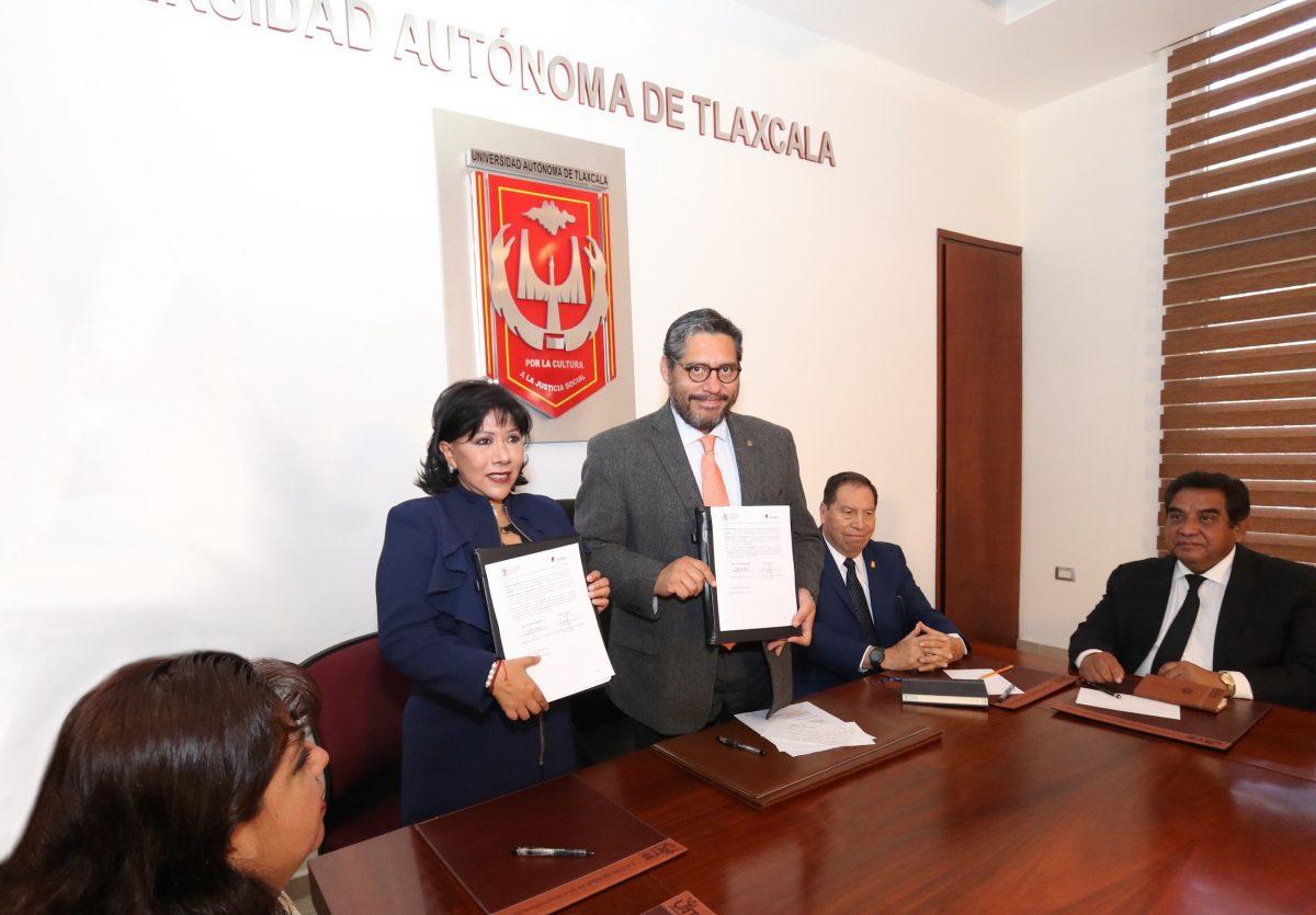 Signan convenio de colaboración la UATx y el Ayuntamiento de Tlaxcala