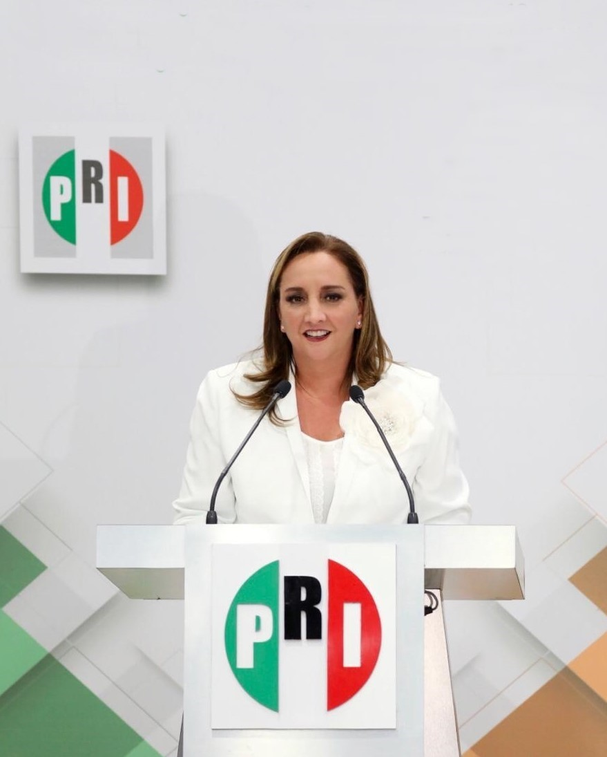 FOTO ARCHIDO CLAUDIA R