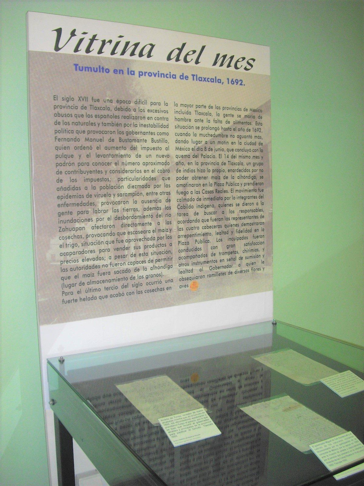 """PRESENTA ARCHIVO HISTÓRICO VITRINA DEL MES  """"TUMULTO EN LA PROVINCIA DE TLAXCALA, 1692"""""""