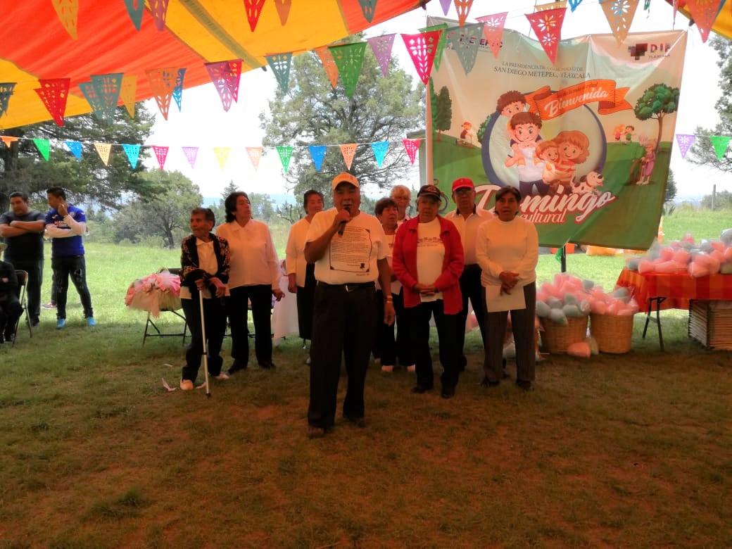 Disfrutaron familias de Domingo Cultural en Metepec