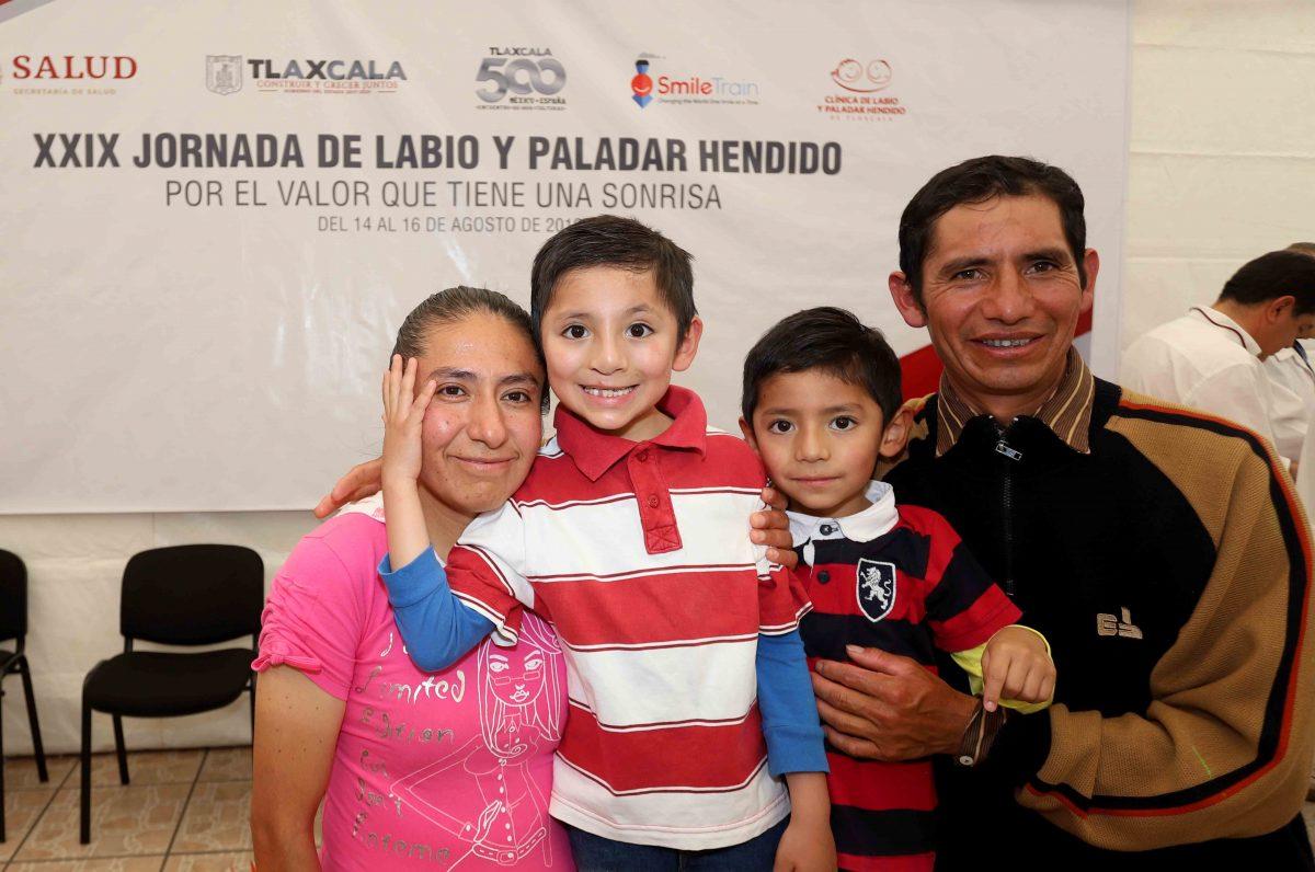 INAUGURA SANDRA CHÁVEZ XXIX JORNADA  DE LABIO Y PALADAR HENDIDO