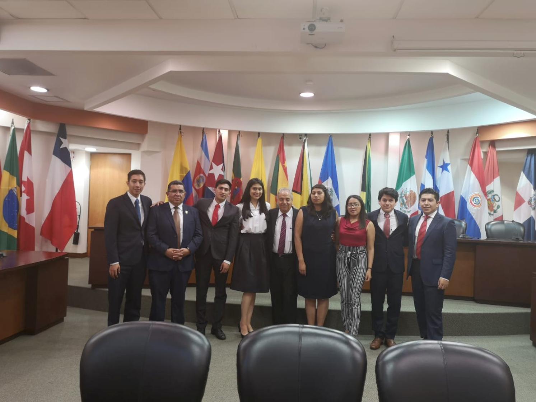 09 Visitan alumnos y catedráticos de la UATx la Corte Interamericana de Derechos Humanos (1)