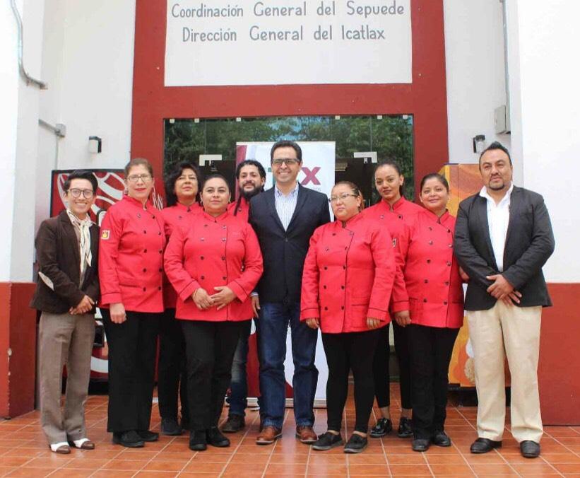 RESPALDA ICATLAX A ALUMNAS QUE REPRESENTARÁN A  TLAXCALA EN CONCURSO NACIONAL DE GASTRONOMÍA