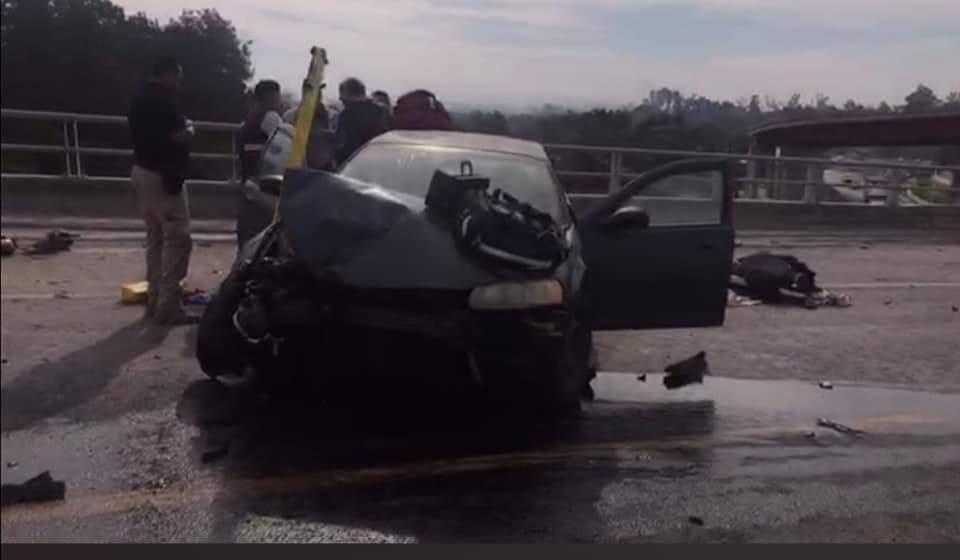 Cinco personas fallecidas y más de 20 lesionados deja un fatal Accidente en la cerretera Apizaco Tlaxcala, a la altura del molinito.