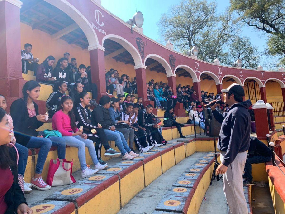 """Visitan estudiantes Plaza de Toros Jorge Aguilar """"El Ranchero"""""""