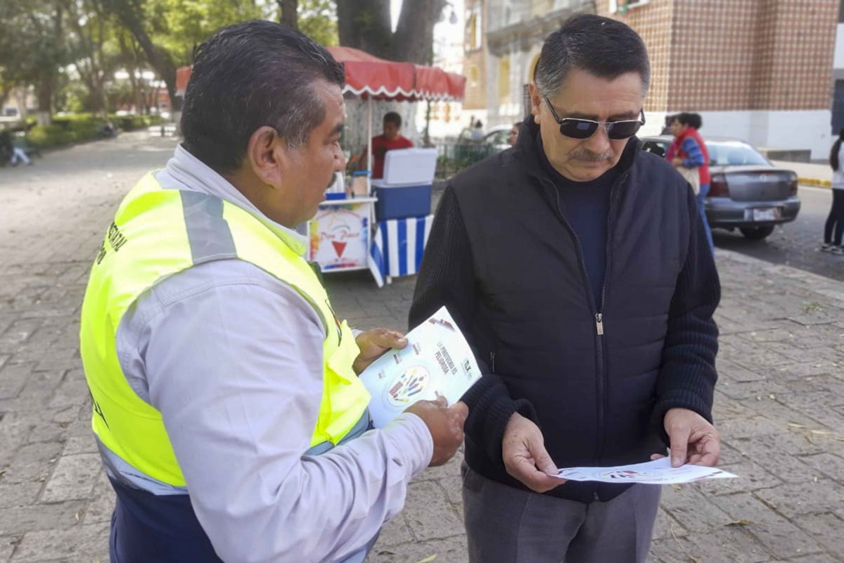 DISTRIBUYE CEPC FOLLETOS INFORMATIVOS PARA  PREVENIR ACCIDENTES DURANTE ESTA TEMPORADA