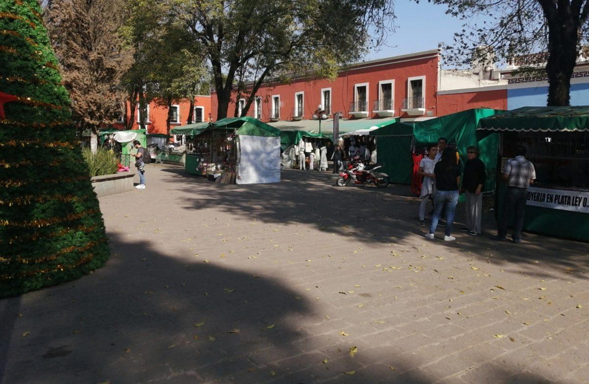 Carecen artesanos de Plaza Xicohténcatl de permisos