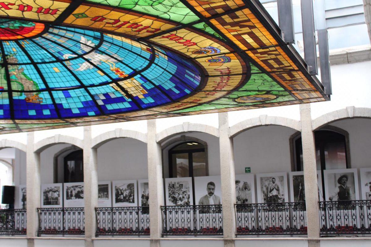 INAUGURA ITC EXPOSICIÓN DE EMILIANO ZAPATA  EN EL CONGRESO DEL ESTADO