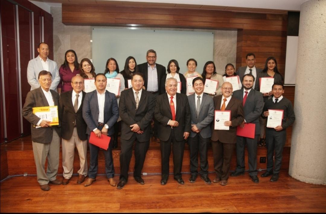 Clausura la UATx Diplomado en gobierno abierto