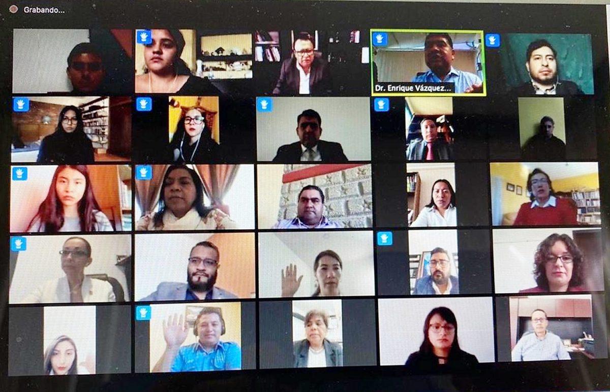 Por vez primera sesiona de manera virtual Consejo Universitario de la UATx
