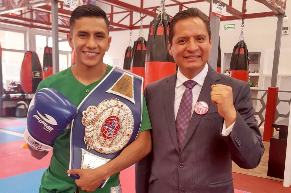 Visita campeón mundial tlaxcalteca el Gimnasio Fire Sports