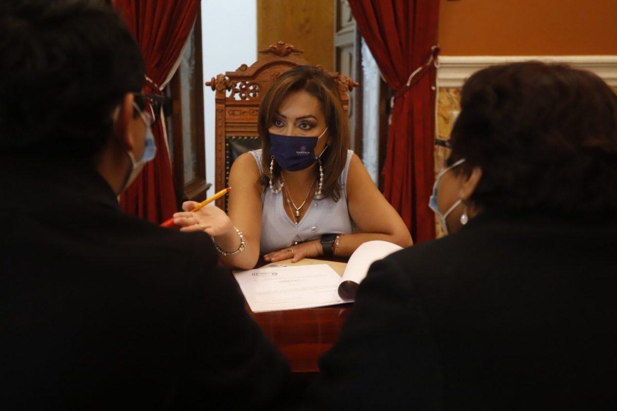 BRINDÓ LORENA CUÉLLAR CISNEROS ATENCIÓN A LA POBLACIÓN MEDIANTE AUDIENCIAS PÚBLICAS
