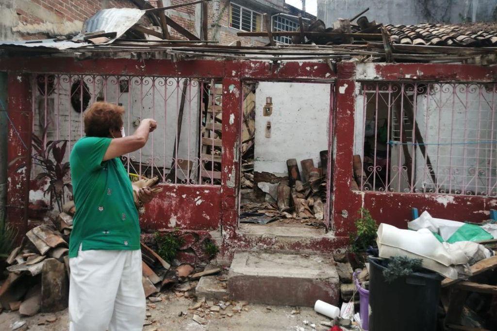 Aspectos de las afectaciones en Xaltianguis uno de los poblados del municipio de Acapulco Guerrero más afectados por el sismo de 7.1 grados
